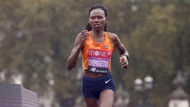 Athlétisme: la Kényane Ruth Chepngetich pulvérise le record du monde du semi-marathon à Istanbul